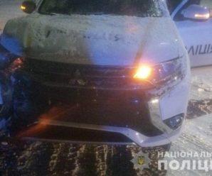У Калуші на перехресті поліціянти не розминулися з мікроавтобусом (ВІДЕО)