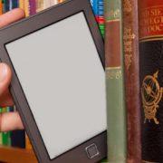 Учнів у школах безкоштовно забезпечуватимуть електронними підручниками