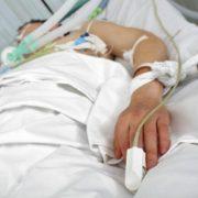 19-річний прикарпатець потрапив до реанімації з діагнозом ботулізм