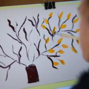 У Франківську покажуть картини дівчинки, яка малює ротом. ВІДЕО