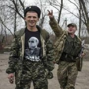 З Донбасу вивезли два автобуси з трупами росіян