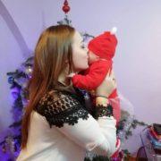 Крик душі: небайдужих просять допомогти молодій вдові з Прикарпаття, яка залишилася з 5-місячним немовлям