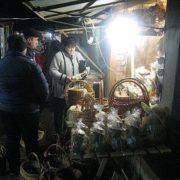 Нічний ринок вишиванок у Коломиї став центром притягання туристів