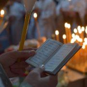 Стрітенська свічка має велику силу. Навіщо освячувати та коли запалювати-розповів владика Венедикт
