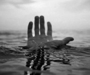 52-річного прикарпатця знайшли мертвим у ставку