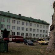 На Прикарпатті надійшло повідомлення про замінування школи: на місці працюють рятувальники та вибухотехніки
