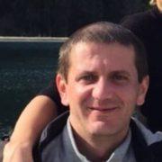 У Франківську рідні шукають чоловіка, який зник тиждень тому та не виходить на зв'язок (фото)