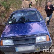 На Франківщині п'яний чоловік викинув з авто водія і вкрав його машину