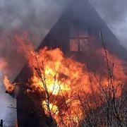 У Калуші згоріли дві дачі