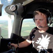 Із Коломиї через усю Україну – Дмитро Комаров планує здійснити рекордний політ