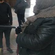 На франківському вокзалі дві літні жінки побилися за «кравчучку» (фоторепортаж)