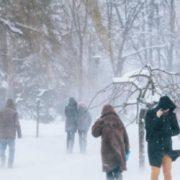 Зима вирішила попрощатися жорстко: українцям поки не варто очікувати потепління
