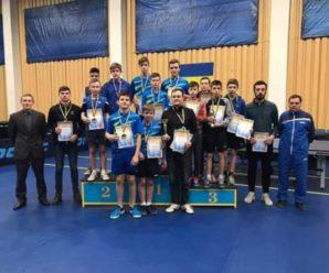 Прикарпатські тенісисти на чемпіонаті України посіли друге місце