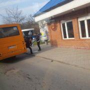 У Калуші в одній з маршруток на ходу відлетіли двері