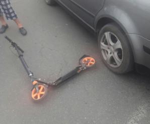 На «Пасічній» 10-річна школяра на самокаті потрапила під колеса іномарки