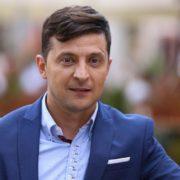 """Стало відомо через який """"підкуп виборців"""" адвокат вимагає зняти Зеленського з виборів"""