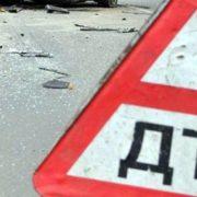 Травми ніг та щелепи: 10-літня дитина потрапила під колеса автомобіля на Тернопільщині