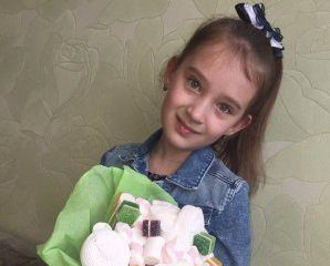 9-річну дівчину на очах у матері вбила гойдалка (ФОТО)