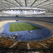 """Угоду між Порошенком, Зеленським і """"Олімпійським"""" підписано: на яке число орендували стадіон"""