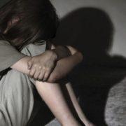 """14-річна дівчинка народила дитину від свого вітчима: """"Він знущався, а вона мовчки терпіла"""""""