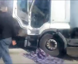 «Волочив під колесом метрів сім»: вантажівка на смерть переїхала хлопчика. ВІДЕО