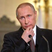 Спроба відновити СРСР?: Єльченко прокоментував «паспортні» заяви Путіна