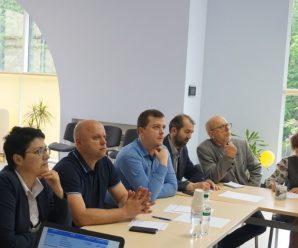 Три чи п'ять районів? Яким буде новий поділ Івано-Франківської області?