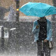 Град, гроза і посилення вітру: на Прикарпатті оголосили штормове попередження