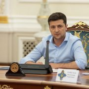 Нові і вже знайомі обличчя: Наступного тижня Зеленський представить нову команду України в ТКГ по Донбасу