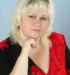 Не дожила до кінця уроку: вчитель молодших класів померла під час заняття