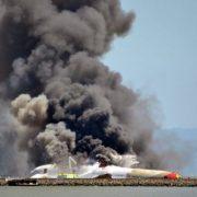 Авіакатастрофа на українському кордоні, залишилася тільки купа металу: кадри трагедії