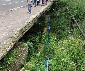 У Калуші з моста через Сівку впала чотирирічна дитина