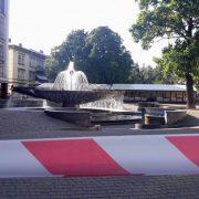 Поліція розшукала чоловіка, який повідомив про замінування фонтану в Івано-Франківську
