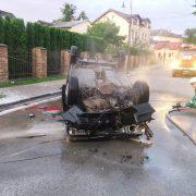 На Прикарпатті перекинувся і згорів автомобіль – загинула жінка (ФОТО)