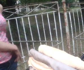 Матір була п'яна і з цигаркою: патрульні врятували 9-місячну дитину (відео)