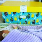 Дитячих речей стане більше: В Україні породіллям видаватимуть оновлений «пакунок малюка»