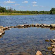 Фахівці рекомендують обмежити купання в Лімниці через якість води