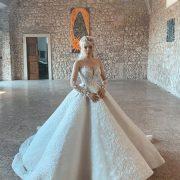 Суконь було 4 – Аліна Грoсу показала свої весільні сукні