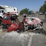 Лобове зіткнення двох автомобілів: важкі травми отримали шестеро людей (фото)