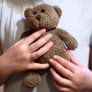 На Прикарпатті поліцейські виявили 377 фактів неналежного виконання батьками своїх обов'язків