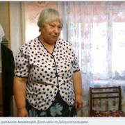 Волонтерка з Калуша відправляє посилки з одягом на Донбас. ВІДЕО