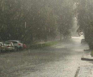 Грози і град: в Івано-Франківську та області очікується значне погіршення погоди, оголошено штормове попередження