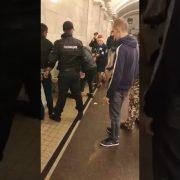 На двох українців напали та жорстоко порізали у Росії (відео)