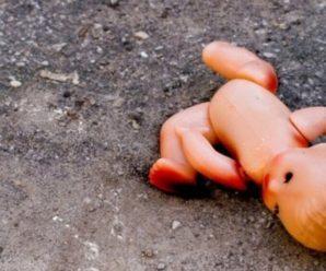 Замотала дівчинку у поліетилен: повідомили моторошні деталі вбивства немовляти