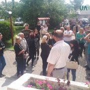 Бунт у Долині: люди вимагають покарання для депутата, який вчинив смертельну ДТП (фото)