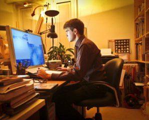 Робота в нічну зміну: назвали переваги та недоліки