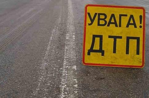На Прикарпатті автомобіль з'їхав у кювет – травмувалися двоє дітей