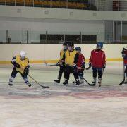 У Калуші закрили десятирічний льодовий палац спорту