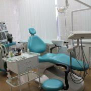 20-річна дівчина померла на прийомі у стоматолога