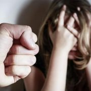 Почалась кровотеча: психічно хворий жорстоко зґвалтував 7-річну дитину